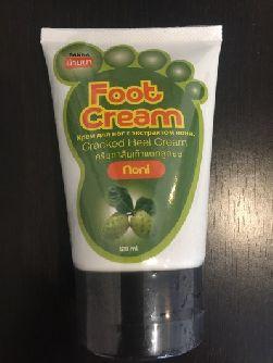 Крем для ног Banna с экстрактом нони